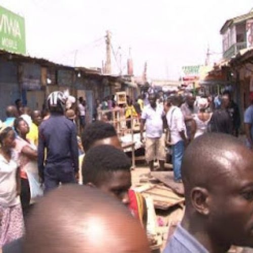 Ghanaians angry over border closure, ask Nigerians to quit their shops