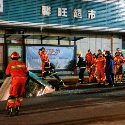Huge Sinkhole Swallows Bus, Kills Six in China