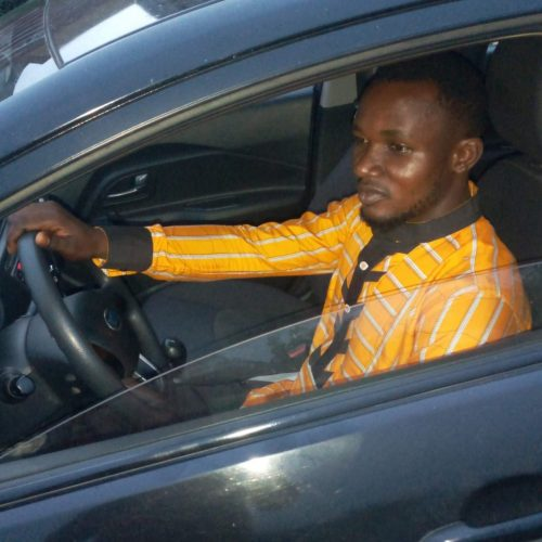 See the Promising Nigerian Graduate Humbly Making it On BOLT/E-hailing, Pick/Drop Car Services, Reach Out to Him. He is Good to Go